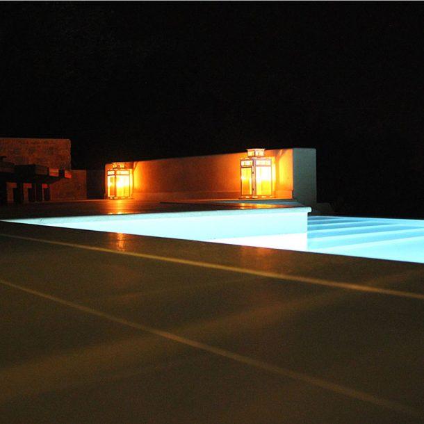 night-pool-zaki-villas